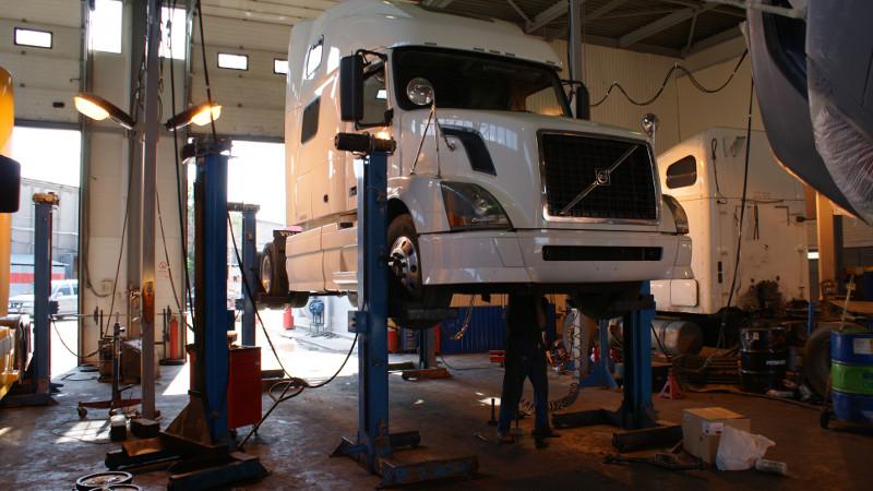 Ремонт ходовой части грузовиков, ремонт подвески грузовых автомобилей